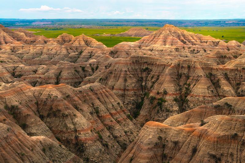 Pyramid Peaks Of The Badlands - Badlands National Park, South Dakota