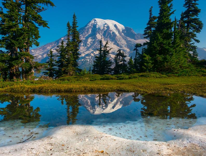 Pinnacle Peak Tarn And Ice_Mount Rainier National Park_Washington