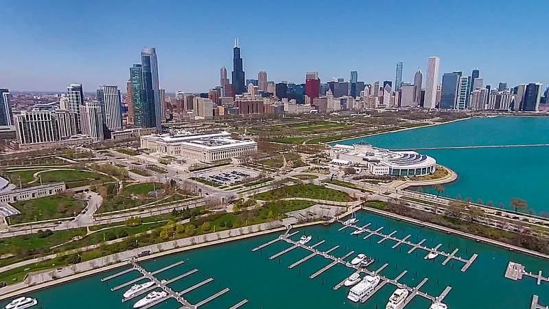 Burnham Harbor (Chicago, IL USA)