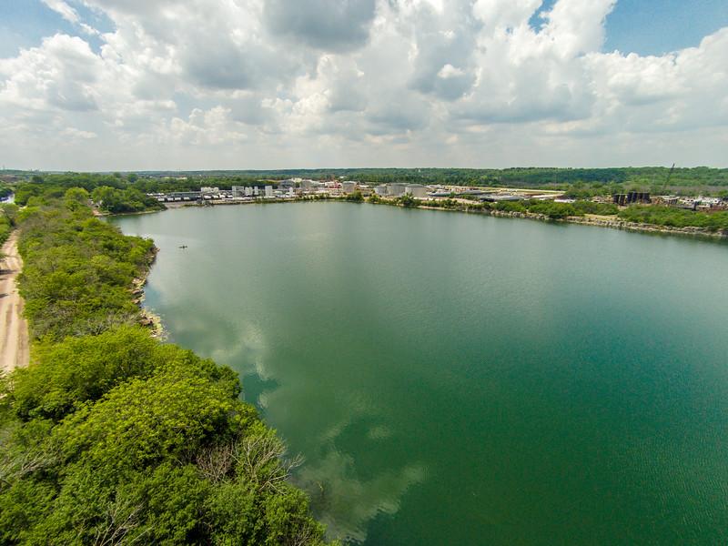 Heritage Quarries Recreational Areas (Lemont, IL USA)