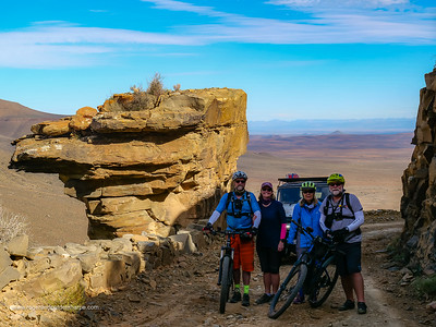 Bruce and Sharon Houghting and Roger and Pat de la Harpe. Gannaga Pass. Northern Cape. South Africa.