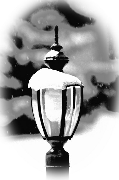 Vignette of lamppost after fresh fallen snow