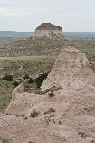 Hiking trail to Pawnee Buttes, Pawnee National Grassland, Weld County, Colorado