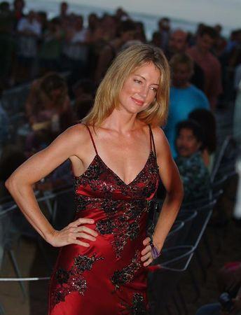 Cynthia Watros 67