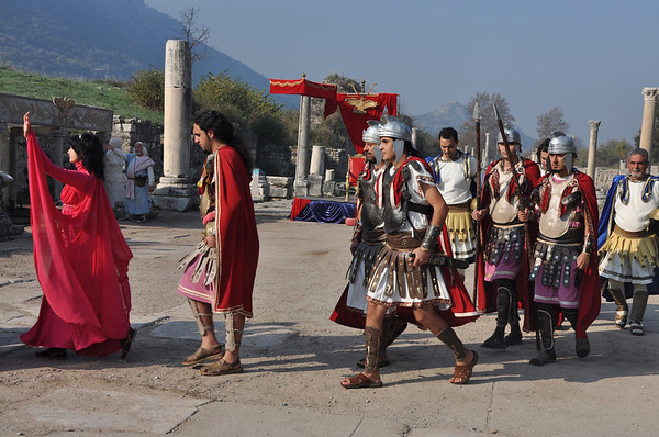 The Roman ruins at Ephesus, Turkey 285. Re-enactors.