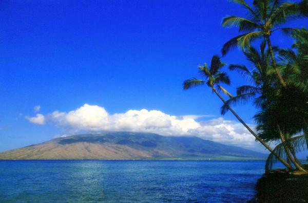 Looking toward Ka'anapali, Kapalua and the West Maui Mountains from Kihei, Maui