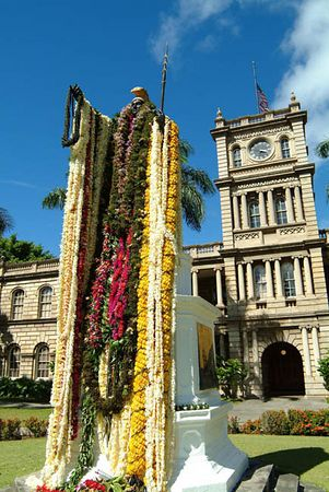 King Kamehameha statue draped with lei