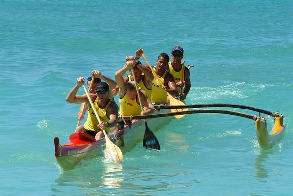 outrigger canoe paddlers