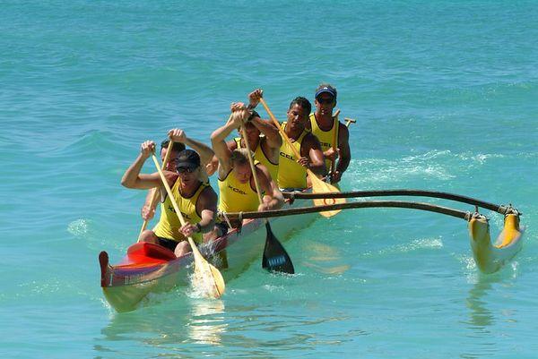outrigger canoe paddlers