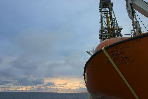 Wide angle view of a lifeboat and the derick. The barrel distortion of the lens plays some interesting tricks...