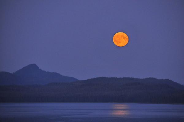 Alaska 495-487, moonrise