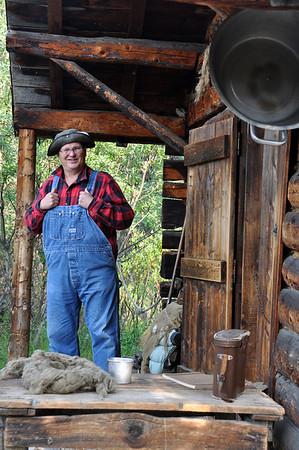 Denali Alaska 210, log cabin