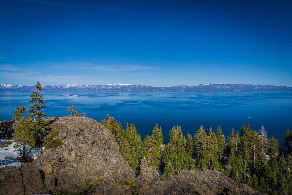 Hiking to Eagle Rock Lake Tahoe