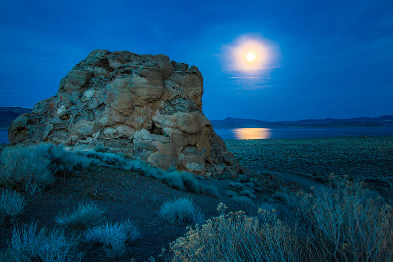 Pyramid Lake Moonrise