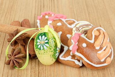 Easter gingerbreads and painted egg