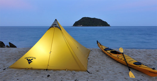BUCKET - Adventure New Zealand: sea kayaking in Abel Tasman National Park<br /> Photo from Forrest Schwartz