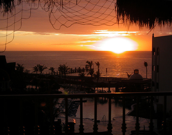 Sunrise Secrets Excellence Mexico 2005_08