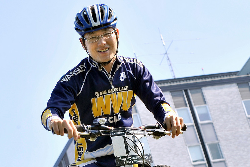 ORIGINAL: Nov. 18, 2008 — Cycling Team member Chet-Mun Liew is a mechanical engineering graduate student from Malaysia, and one of more than 1,200 international students at WVU.