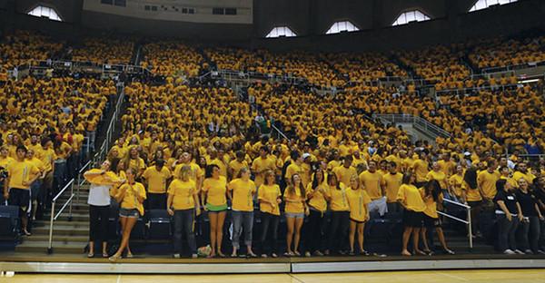 BUCKET - 2009 University Welcome