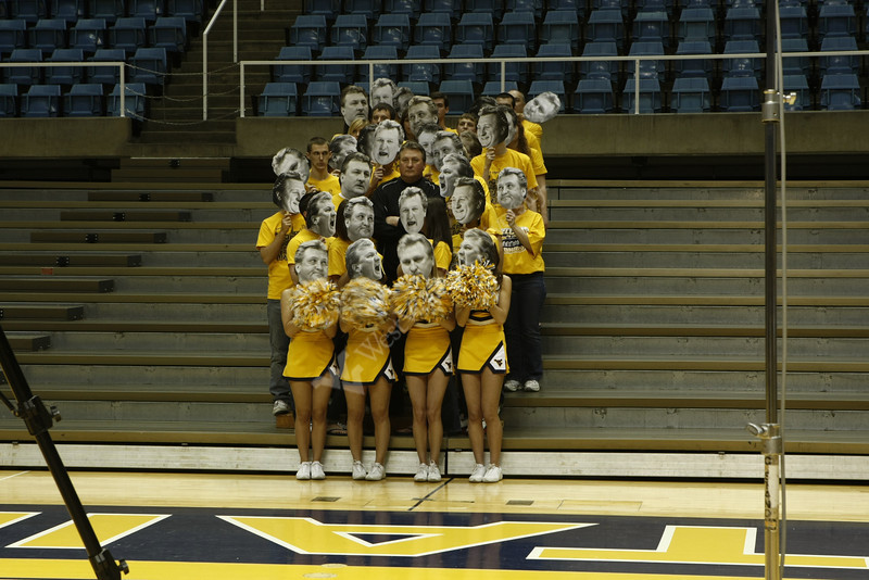 Timelapse shows the photo session of basketball coach Bob Huggins posing with the Mountaineer Maniacs for the cover of the Alumni Magazine. 4/28/2010 Photo by Scott Lituchy/WVU