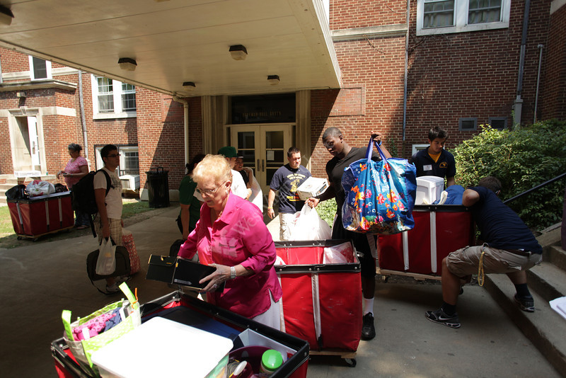 New freshman Amadou Bah moves into Boreman Hall. He is from Fort Lee, NJ.