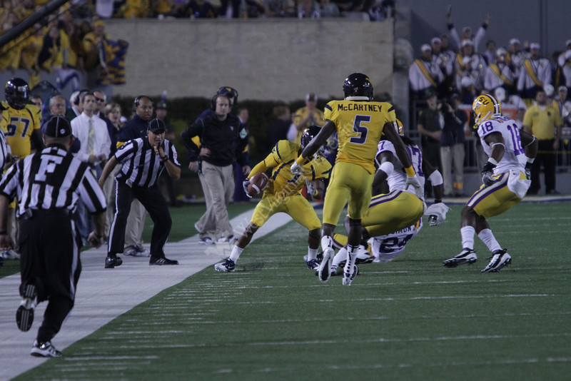 WVU battles LSU in NCAA football at Milan Puskar Stadium on 9/24/2011. LSU won 47-21. Photo by Scott Lituchy