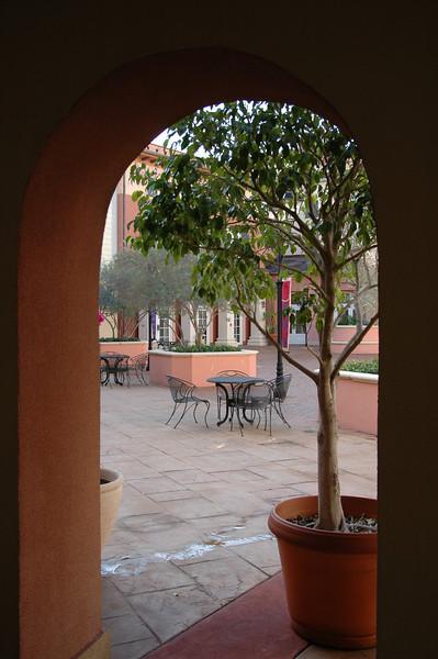 Arch Piazza Centrale