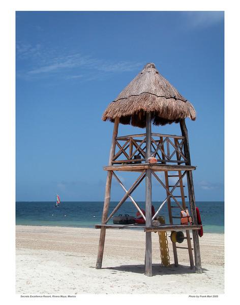 Mexico 2005_08_ Lifeguard Tower