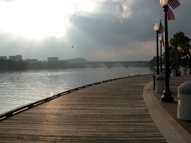Walkway along the Potomic River, Washington, DC