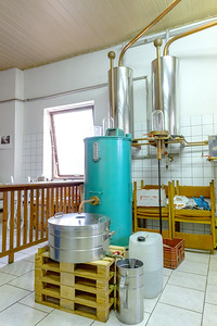 growing distillery equipment, alcohol distillery