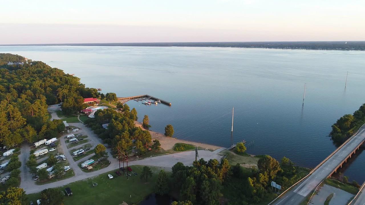 Aerial video lakefront scene on Lake Marion South Carolina 4k