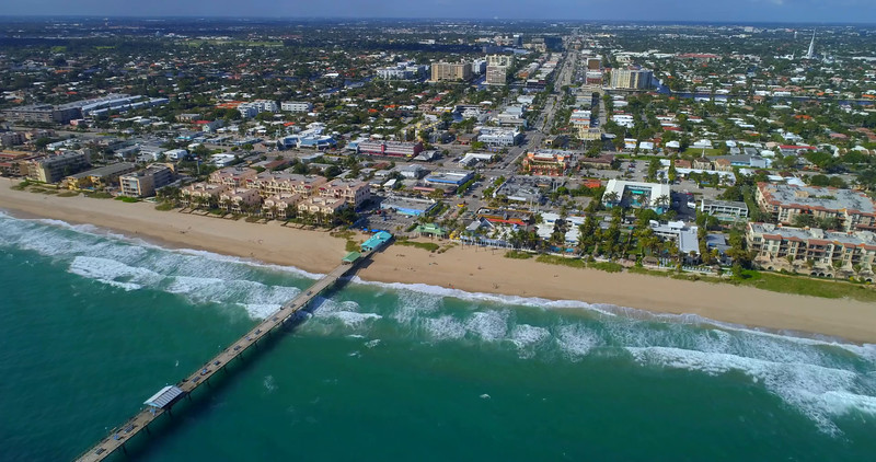 Aerial hyperlapse video Lauderdale by the sea