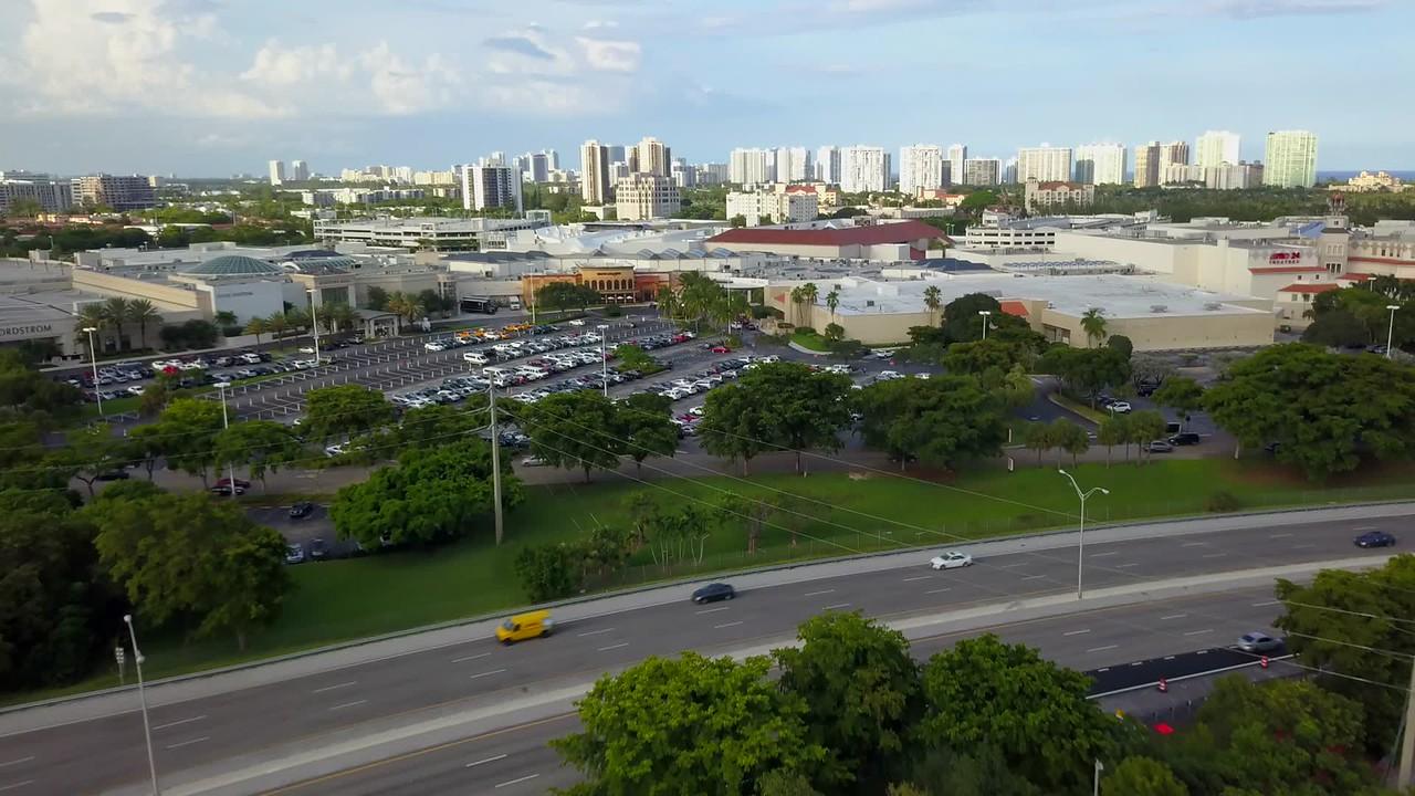 Aventura Mall aerial video flyover