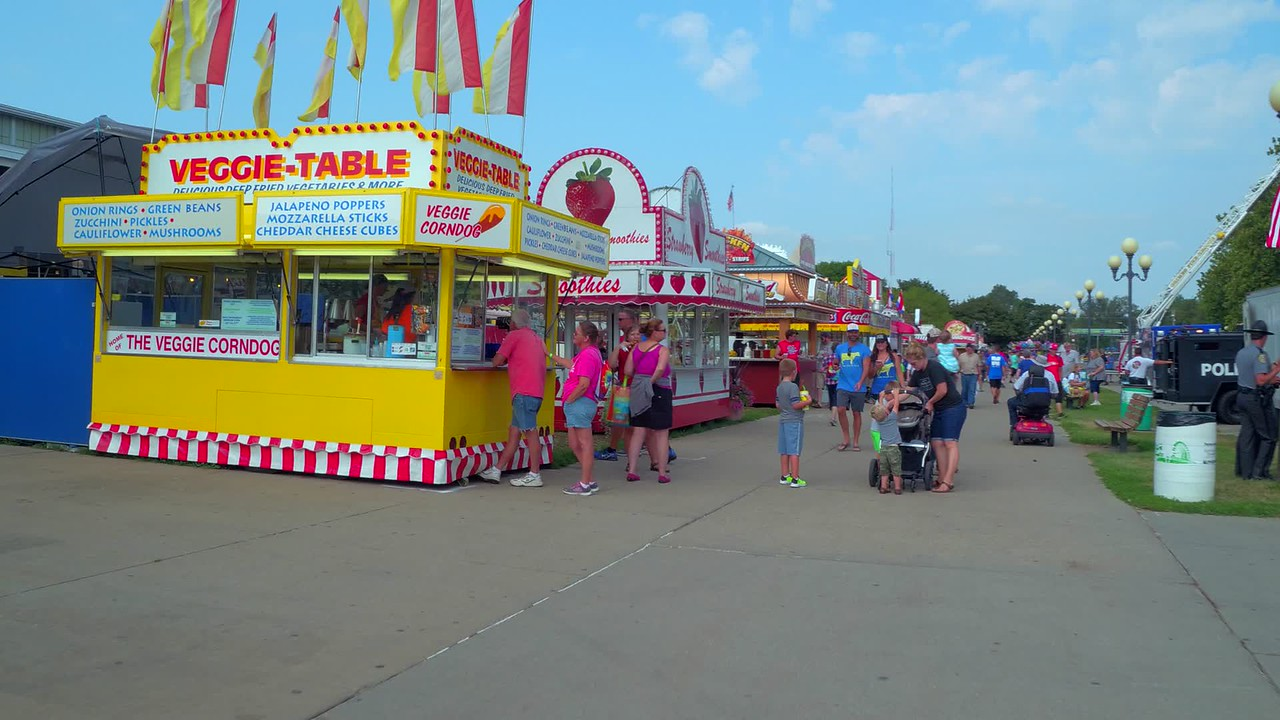 Carnival food Iowa State Fair 4k