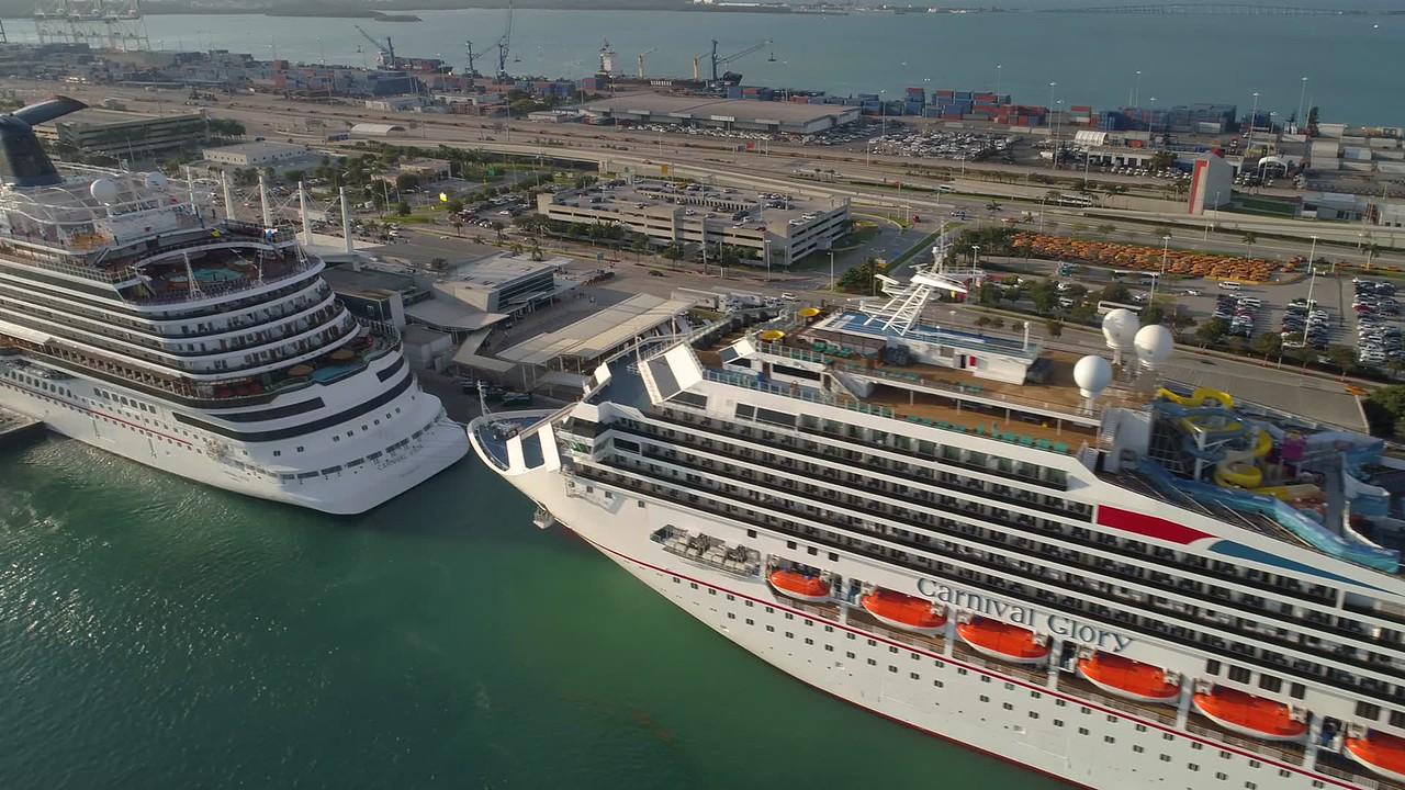Felix Mizioznikov Photography Photo Keywords Cruise Liner - Cruise ship port in miami