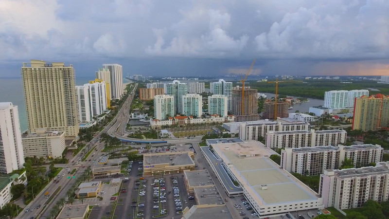 Aerial videoSunny Isles 163rd Street overpass
