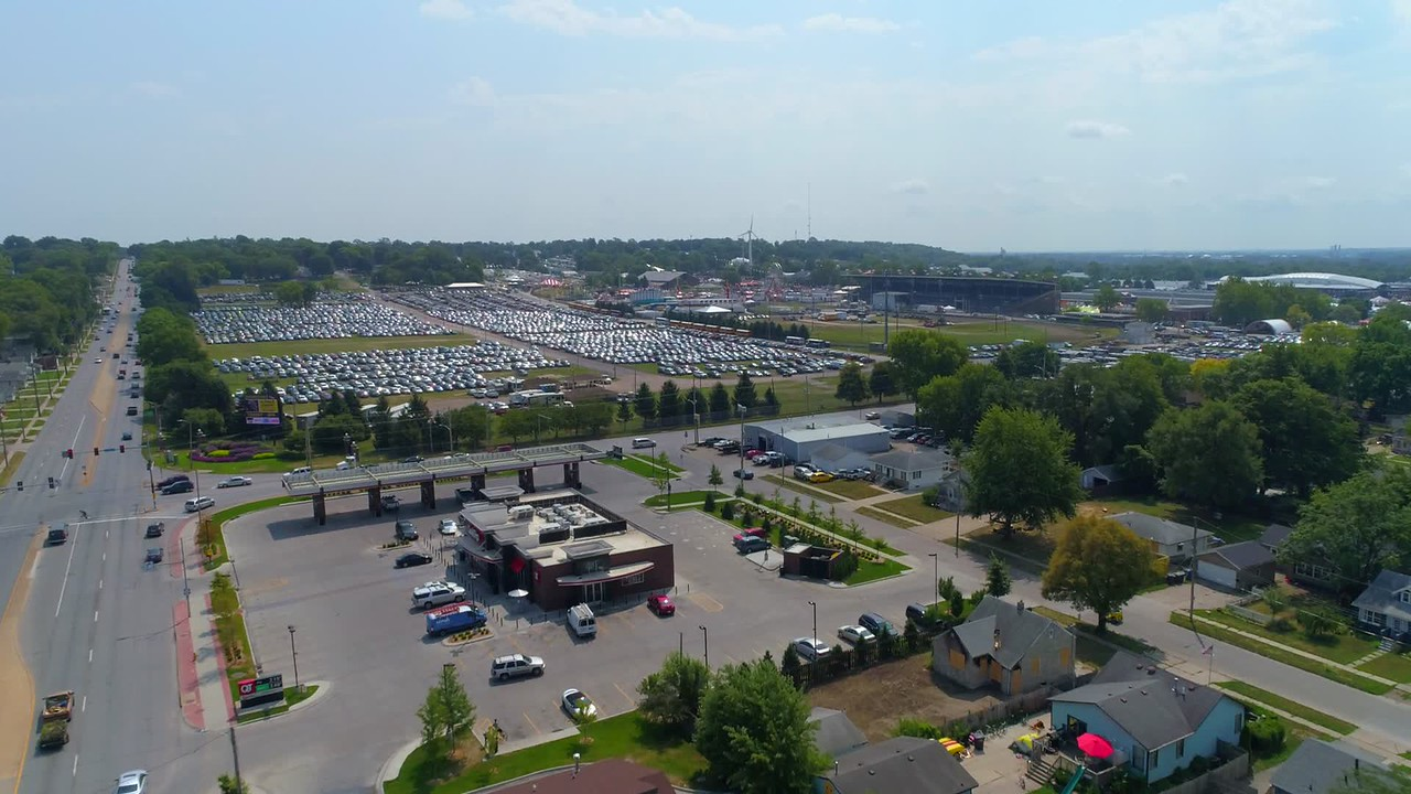 Aerial video Iowa State Fair visitor parking 4k