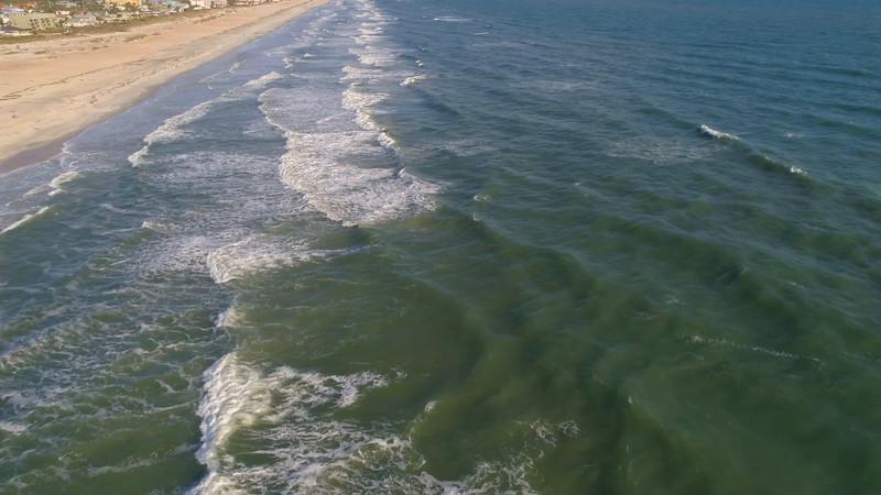 Aerial waves crashing 4k 60p