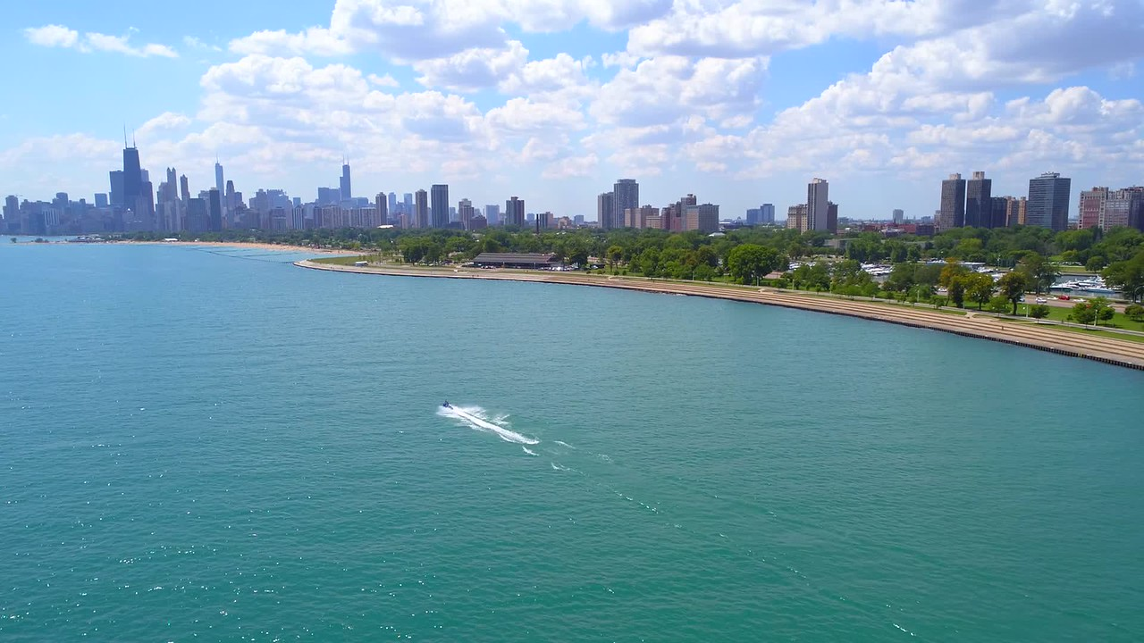 Aeial video summer in Chicago