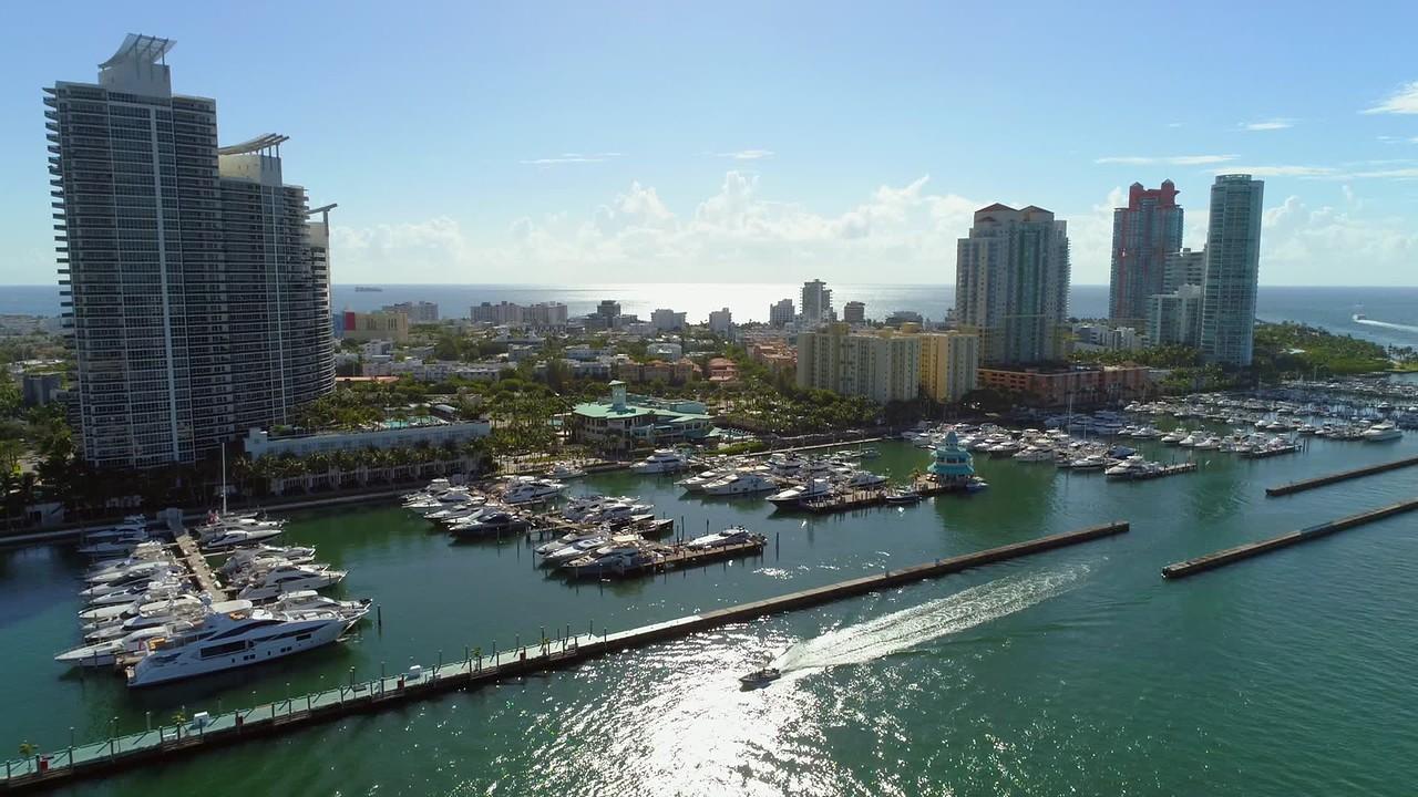 Lateral aerial video Miami Beach Marina 4k 60p
