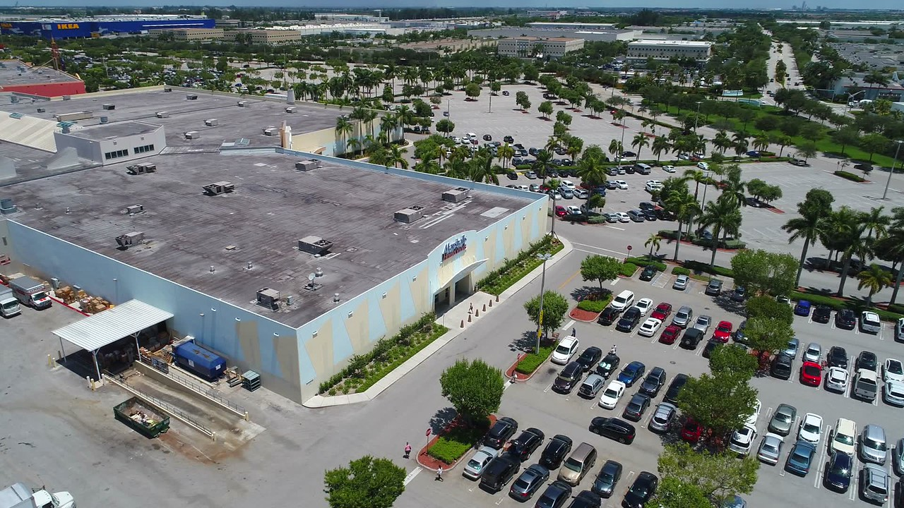 Aerial video Marshalls Home Goods department store Dolphin Mall Miami