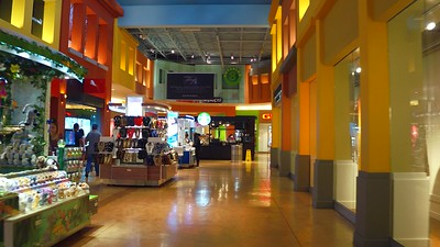 Stabilized video interior tour Dolphin Mall 4k