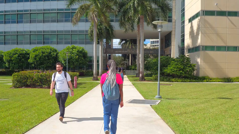 Students rushing at FIU college campus