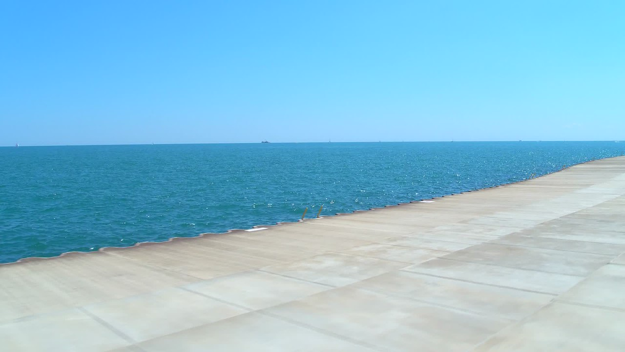View of Lake Michigan in Chicago