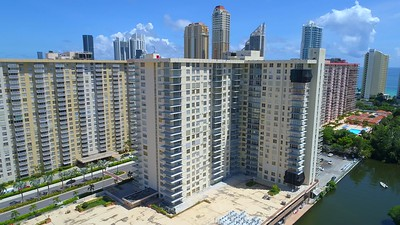 Aerial video Sunny Isles Beach Winston Towers