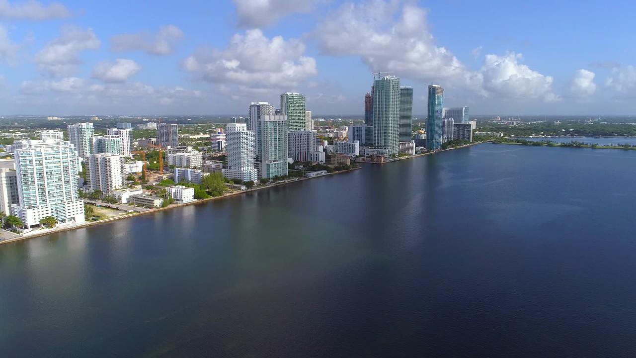 Aerial tour Edgewater Miami helicopter