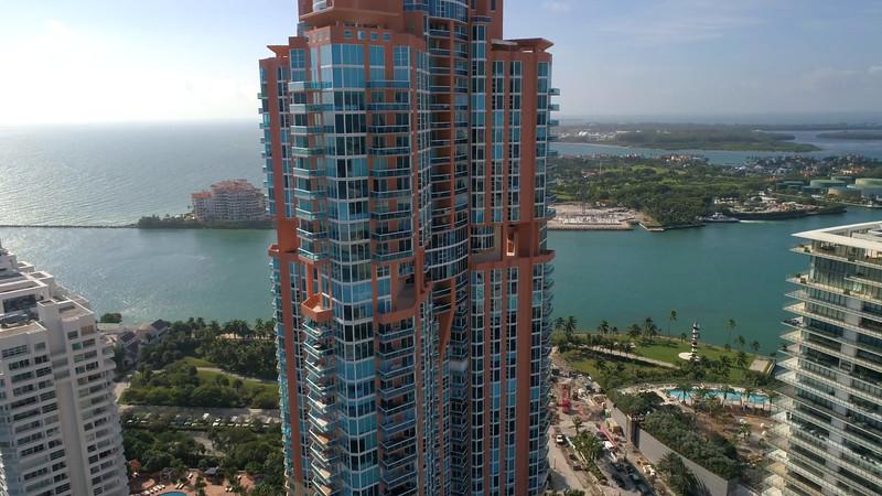Luxury condominiums Miami Beach