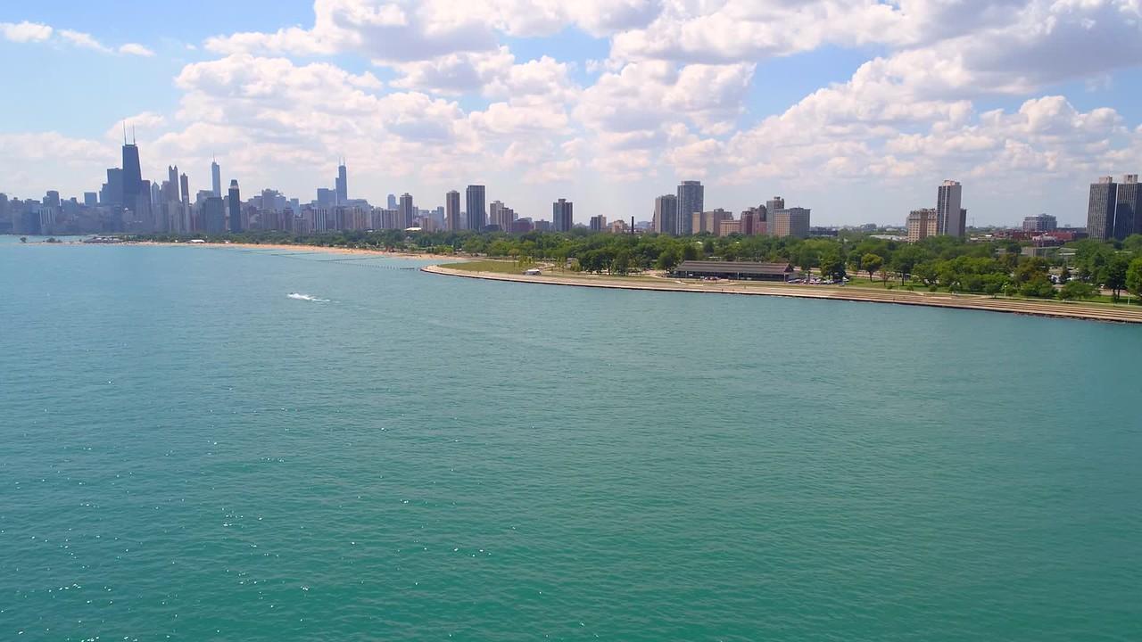 Beautiful summer scene in Chicago 4k