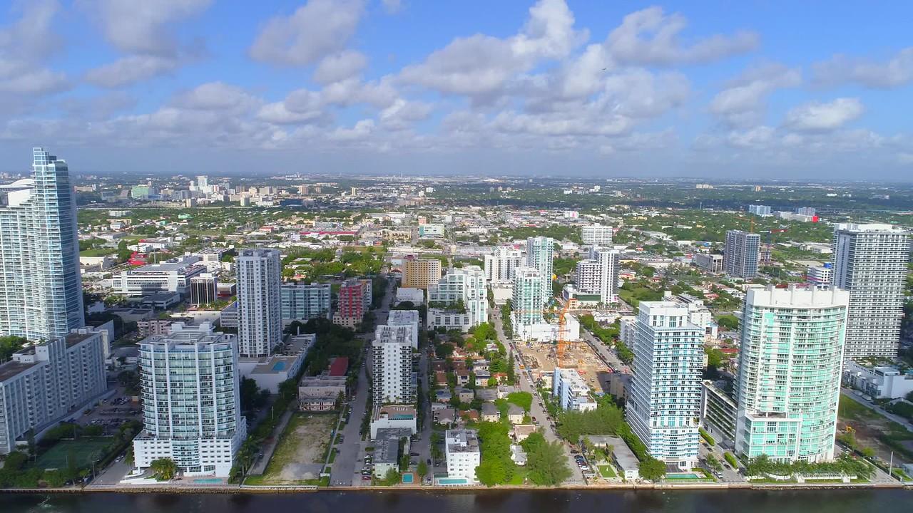Lateral aerial flight Miami