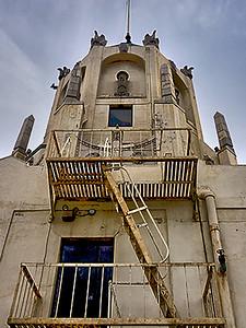 HOLLYWOOD TOWER-5